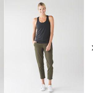 Lululemon &go City Trek Trouser Size 2 green